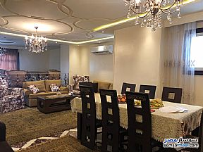 Ad Photo: Apartment 3 bedrooms 2 baths 220 sqm extra super lux in Haram  Giza