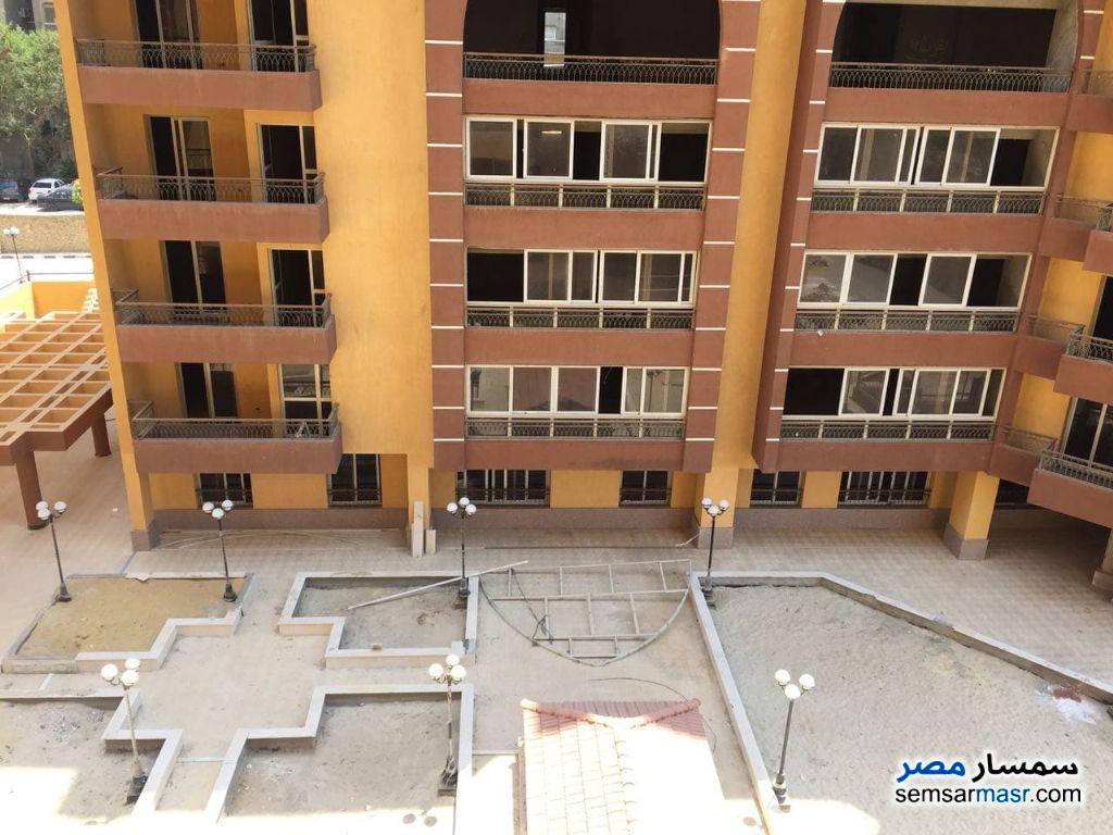 Photo 1 - Apartment 3 bedrooms 3 baths 228 sqm semi finished For Sale Maadi Cairo