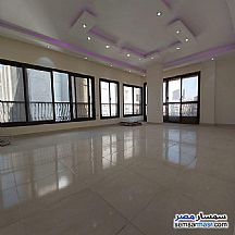 Apartment 3 bedrooms 2 baths 220 sqm extra super lux For Sale Mohandessin Giza - 2