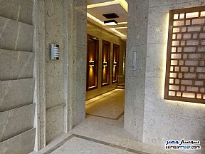 Apartment 3 bedrooms 2 baths 170 sqm super lux For Sale Mohandessin Giza - 11