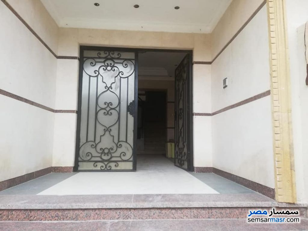 Ad Photo: Apartment 3 bedrooms 3 baths 210 sqm super lux in New Cairo  Cairo