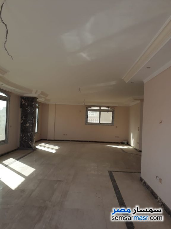 Photo 2 - Apartment 6 bedrooms 4 baths 455 sqm super lux For Sale Maadi Cairo