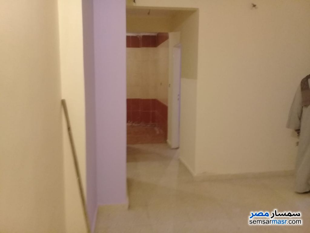 Photo 4 - Apartment 2 bedrooms 1 bath 100 sqm super lux For Sale Izbat An Nakhl Cairo