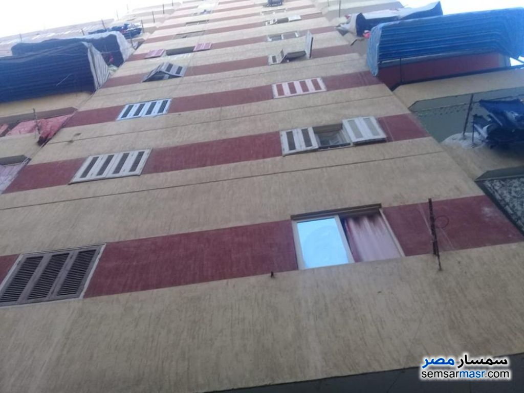 Photo 1 - Apartment 2 bedrooms 1 bath 100 sqm super lux For Sale Izbat An Nakhl Cairo