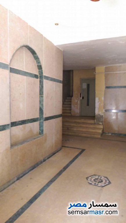 Photo 3 - Apartment 3 bedrooms 1 bath 125 sqm semi finished For Sale Nasr City Cairo