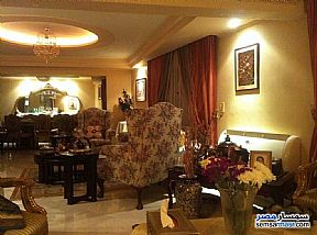 Ad Photo: Apartment 5 bedrooms 4 baths 280 sqm extra super lux in Haram  Giza