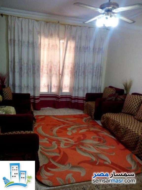 Ad Photo: Apartment 3 bedrooms 1 bath 108 sqm lux in 15 May City  Cairo