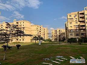 Ad Photo: Apartment 2 bedrooms 1 bath 80 sqm super lux in Madinaty  Cairo