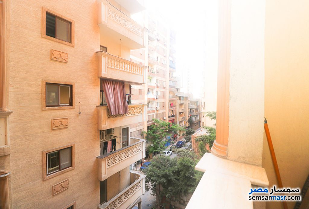 Ad Photo: Apartment 3 bedrooms 1 bath 205 sqm super lux in Abu Qir  Alexandira