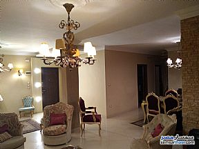 Ad Photo: Apartment 2 bedrooms 1 bath 140 sqm extra super lux in Hadayek Helwan  Cairo