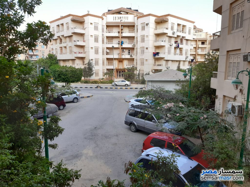 Ad Photo: Apartment 3 bedrooms 3 baths 220 sqm extra super lux in El Bostan  6th of October