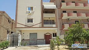 Ad Photo: Apartment 3 bedrooms 1 bath 165 sqm semi finished in Suez District  Suez