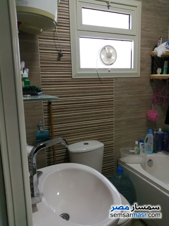 Photo 4 - Apartment 2 bedrooms 1 bath 85 sqm extra super lux For Sale Omrania Giza
