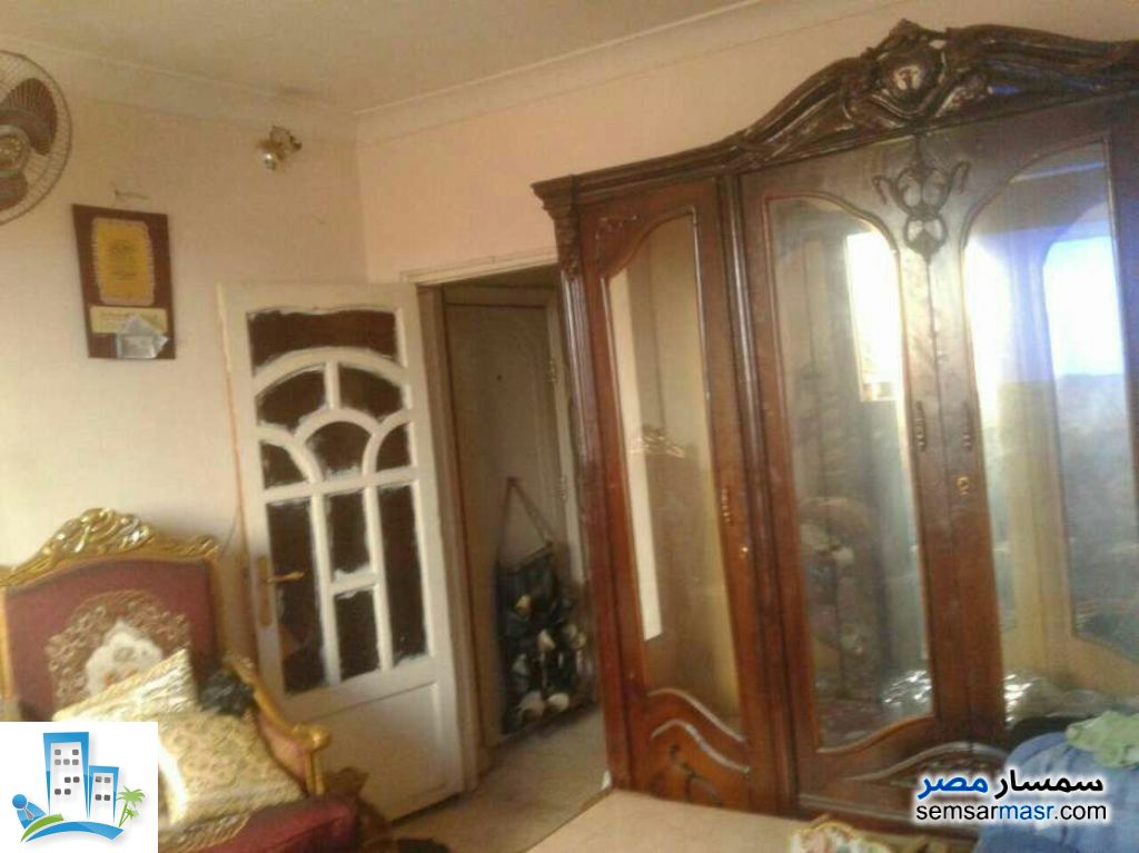 Ad Photo: Apartment 2 bedrooms 1 bath 70 sqm super lux in Al Salam City  Cairo