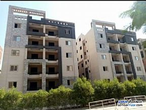 Ad Photo: Apartment 2 bedrooms 2 baths 90 sqm semi finished in October Gardens  6th of October