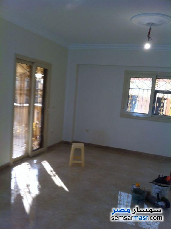 Photo 5 - Apartment 3 bedrooms 3 baths 240 sqm extra super lux For Sale First Settlement Cairo