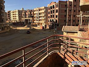 Ad Photo: Apartment 3 bedrooms 2 baths 175 sqm semi finished in Fifth Settlement  Cairo