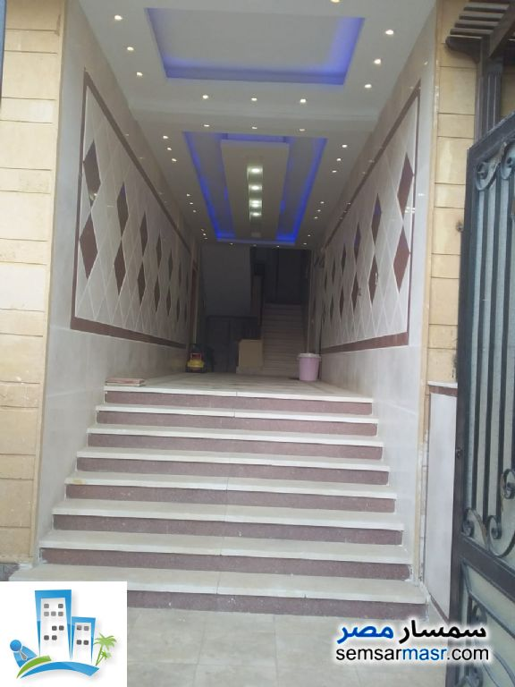 Photo 4 - Apartment 2 bedrooms 1 bath 150 sqm super lux For Sale Shorouk City Cairo