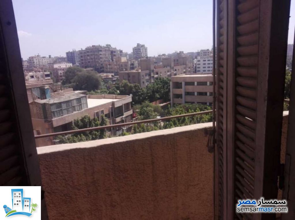 Ad Photo: Apartment 2 bedrooms 1 bath 115 sqm semi finished in Maadi  Cairo