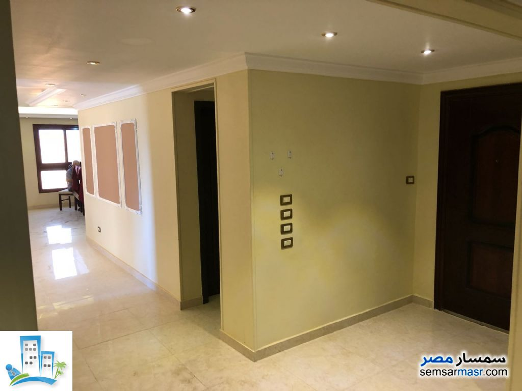 Apartment 4 bedrooms 2 baths 235 sqm extra super lux For Sale North Extensions 6th of October - 11