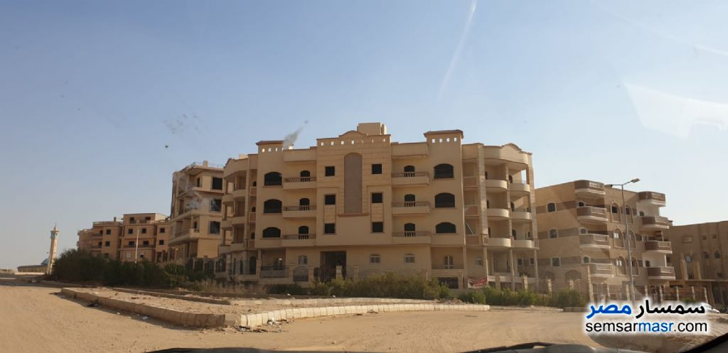 Ad Photo: Apartment 3 bedrooms 2 baths 184 sqm semi finished in Shorouk City  Cairo
