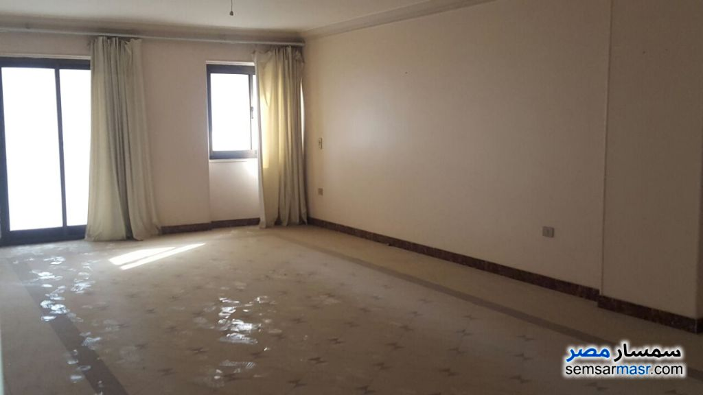 Photo 2 - Apartment 3 bedrooms 2 baths 175 sqm super lux For Sale Nasr City Cairo