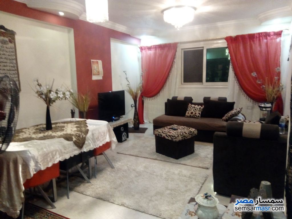 Photo 1 - Apartment 3 bedrooms 2 baths 120 sqm super lux For Sale Halwan Cairo