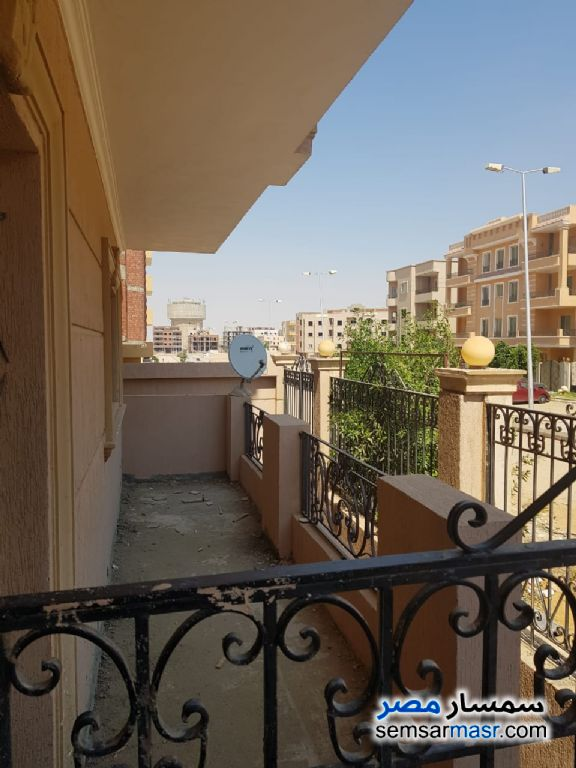 Photo 3 - Apartment 3 bedrooms 2 baths 180 sqm semi finished For Sale Shorouk City Cairo