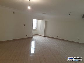 Ad Photo: Apartment 3 bedrooms 2 baths 155 sqm extra super lux in Agouza  Giza