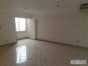 Ad Photo: Apartment 3 bedrooms 2 baths 150 sqm extra super lux in Agouza  Giza