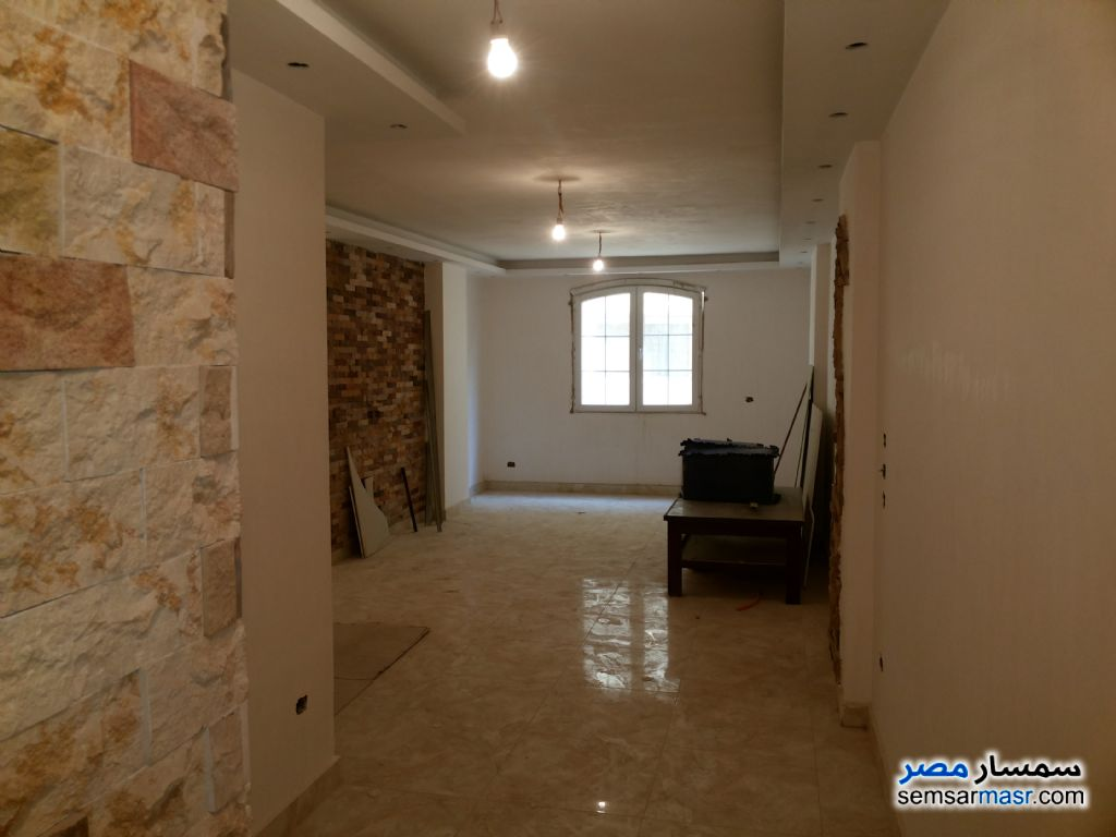 Photo 5 - Apartment 2 bedrooms 1 bath 115 sqm super lux For Sale Hadayek Al Ahram Giza