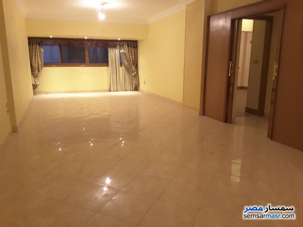 Photo 4 - 2 bedrooms 1 bath 155 sqm extra super lux For Sale New Nozha Cairo