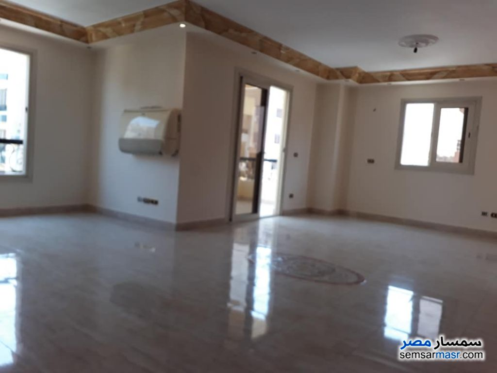 Photo 1 - Apartment 3 bedrooms 2 baths 190 sqm extra super lux For Sale Sheraton Cairo