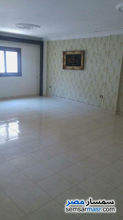 Photo 1 - Apartment 3 bedrooms 2 baths 180 sqm extra super lux For Sale New Nozha Cairo