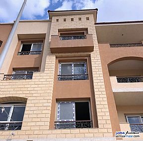Ad Photo: Apartment 3 bedrooms 3 baths 184 sqm semi finished in 6th of October