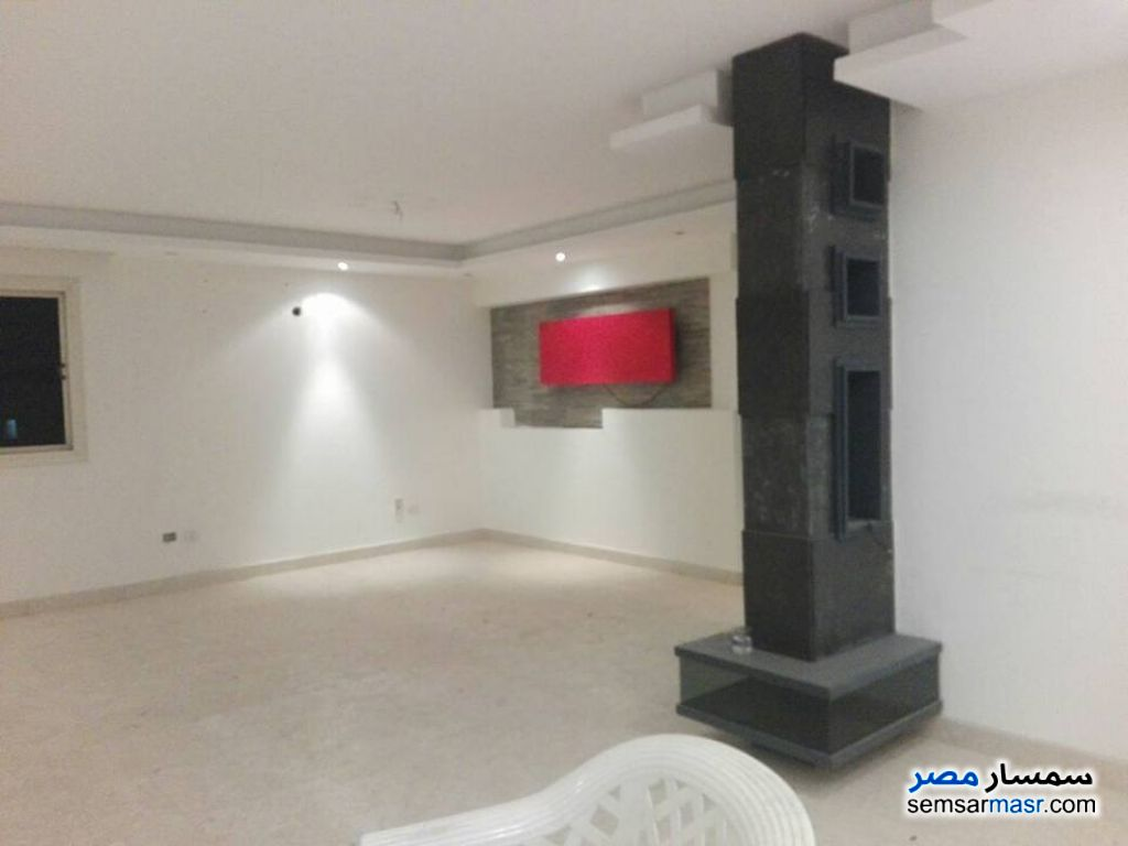 Photo 7 - Apartment 3 bedrooms 2 baths 200 sqm extra super lux For Sale Sheraton Cairo