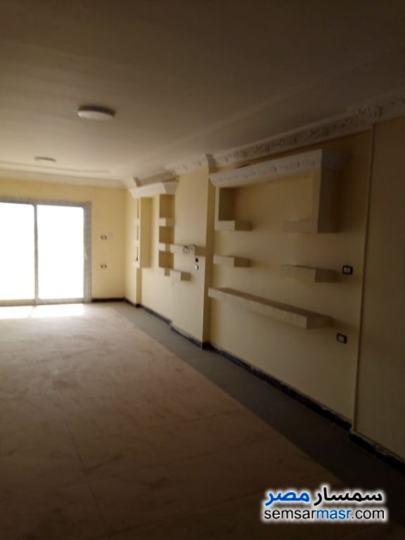 Photo 3 - Apartment 3 bedrooms 3 baths 222 sqm extra super lux For Sale Hadayek Helwan Cairo
