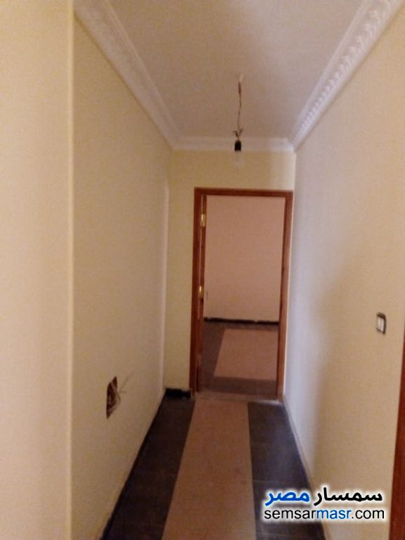 Photo 5 - Apartment 3 bedrooms 3 baths 222 sqm extra super lux For Sale Hadayek Helwan Cairo