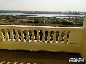 Ad Photo: Apartment 3 bedrooms 3 baths 225 sqm extra super lux in Hadayek Helwan  Cairo