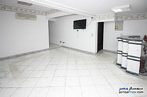 Ad Photo: Apartment 8 bedrooms 2 baths 235 sqm super lux in Kafr Abdo  Alexandira