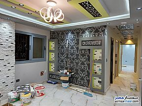 Ad Photo: Apartment 2 bedrooms 1 bath 150 sqm super lux in Mohandessin  Giza