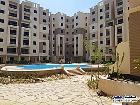 Ad Photo: Apartment 3 bedrooms 3 baths 132 sqm semi finished in New Heliopolis  Cairo
