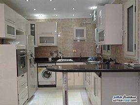 Ad Photo: Apartment 3 bedrooms 2 baths 130 sqm extra super lux in Heliopolis  Cairo