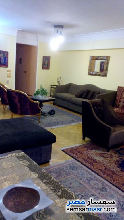 Photo 9 - Apartment 2 bedrooms 1 bath 150 sqm extra super lux For Rent Dokki Giza