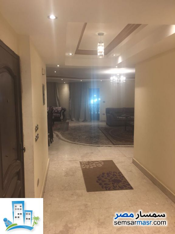 Ad Photo: Apartment 3 bedrooms 2 baths 180 sqm in Dokki  Giza