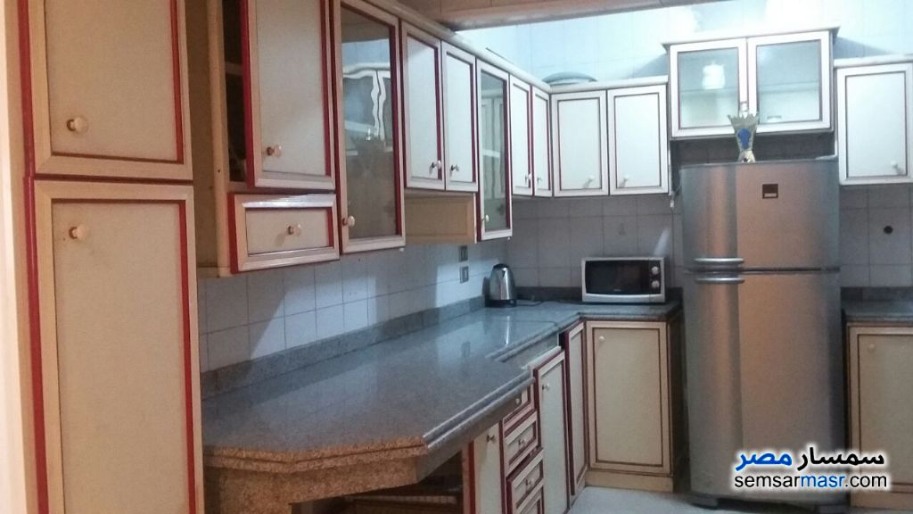 Photo 10 - Apartment 3 bedrooms 3 baths 200 sqm extra super lux For Rent Maadi Cairo