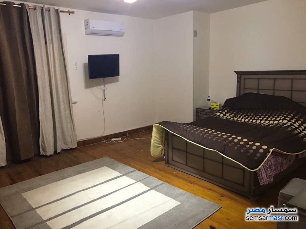 Photo 3 - Apartment 2 bedrooms 1 bath 150 sqm super lux For Rent Mohandessin Giza