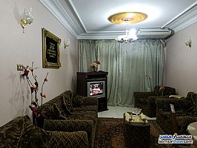 Ad Photo: Apartment 3 bedrooms 1 bath 120 sqm super lux in Heliopolis  Cairo