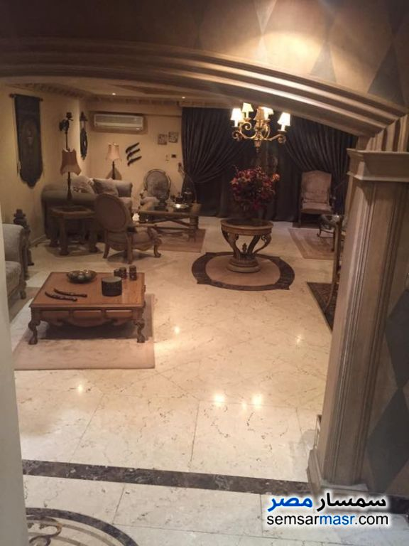 Photo 4 - Apartment 2 bedrooms 1 bath 125 sqm super lux For Rent Mohandessin Giza