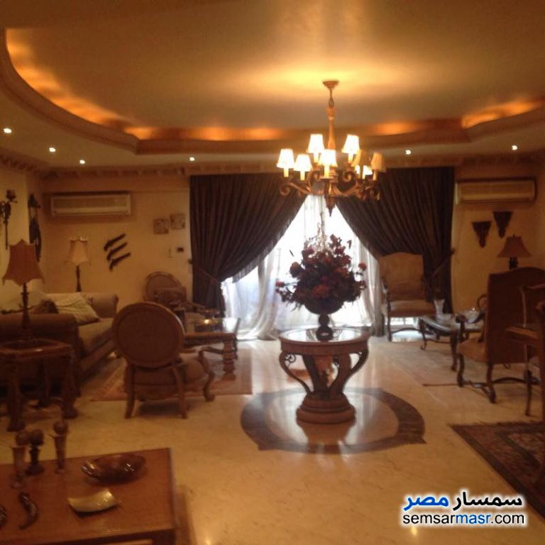 Photo 7 - Apartment 2 bedrooms 1 bath 125 sqm super lux For Rent Mohandessin Giza